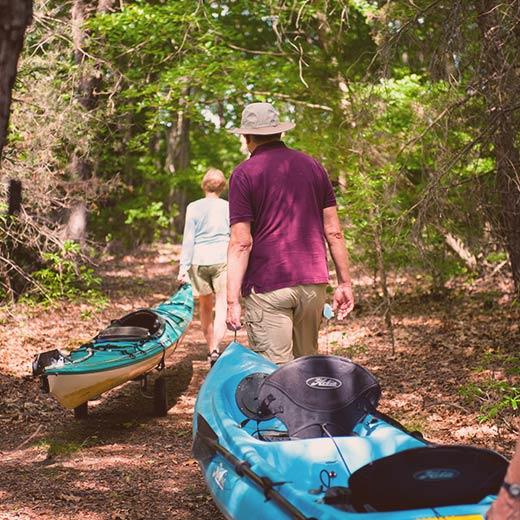 couple going canoeing